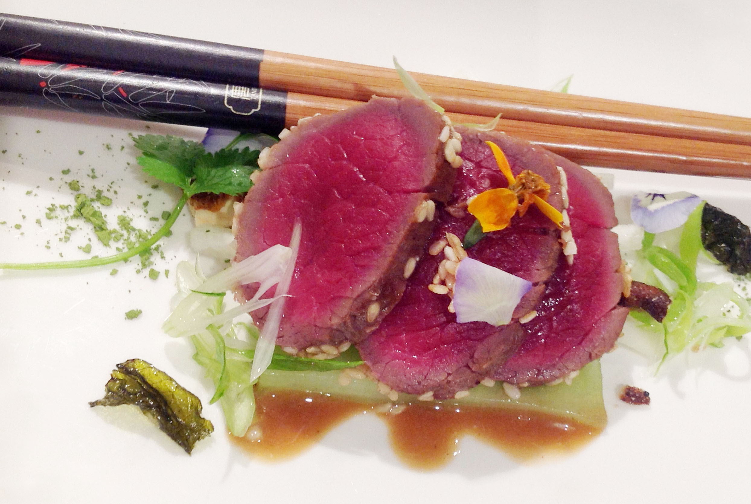FRAGRANT VENISON WITH FRIED GREEN TEA